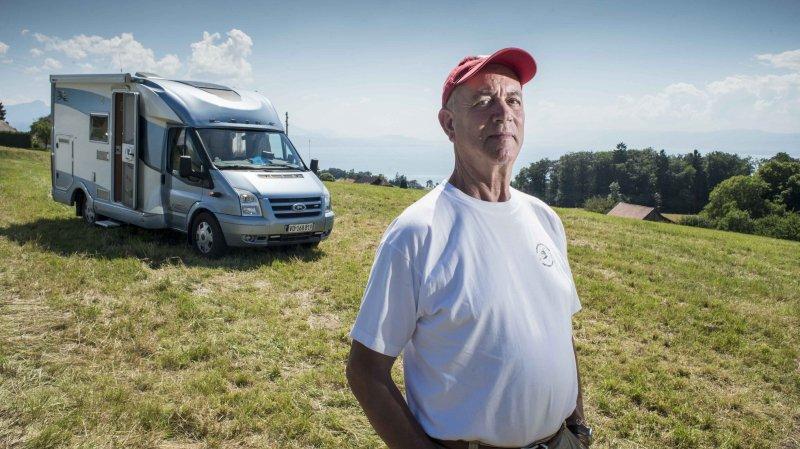 Alessandro Ichino passe une semaine par mois dans son camping-car.