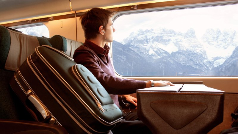 Les Suisses sont devenus plus mobiles et font les trajets entre plusieurs domiciles.