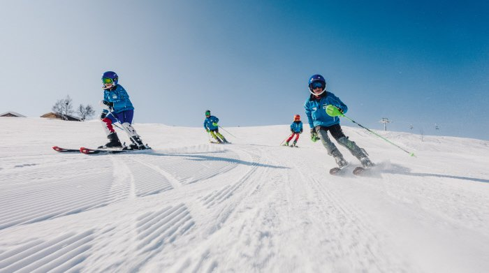 Kids4Free: Suisse Tourisme et les Remontées mécaniques offrent 12'770 forfaits de ski d'une semaine aux enfants