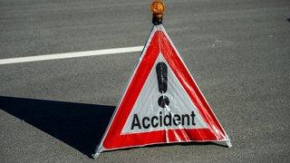 Collision entre trois véhicules à Neuchâtel
