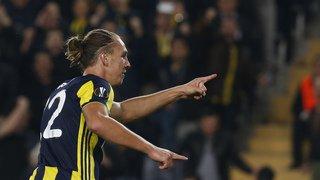 Football – Europa League: Fenerbahçe et Chelsea s'imposent, Arsenal et Milan accrochés