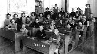 Un regard critique sur 500 ans d'école neuchâteloise
