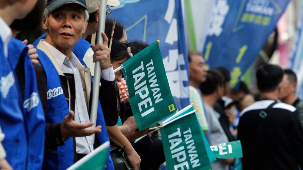 Les supporters du oui au référendum pour que le nom Taïpei chinois soit remplacé, dans les compétitions sportives, par Taïwan Taïpei.