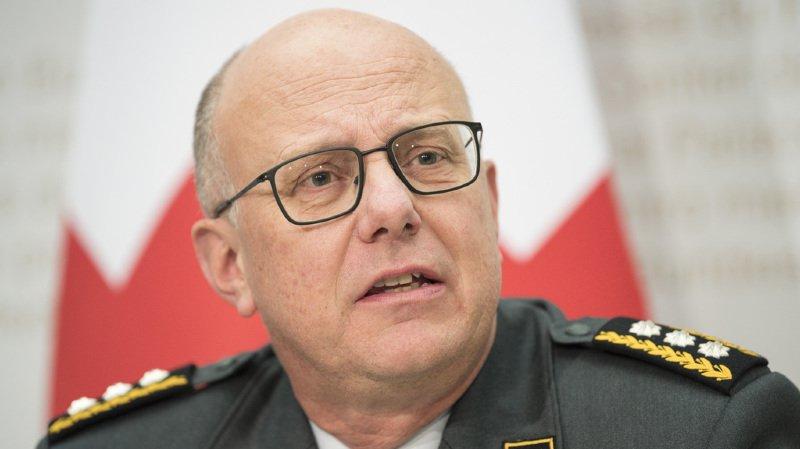 """""""Au jour d'aujourd'hui, je dois admettre que des fautes morales ont été commises dans la hiérarchie de l'armée"""", a dit le chef de l'armée Philippe Rebord."""