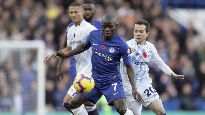 Football: le Français de Chelsea N'Golo Kanté paierait 4 fois plus d'impôts au Royaume-Uni qu'Amazon