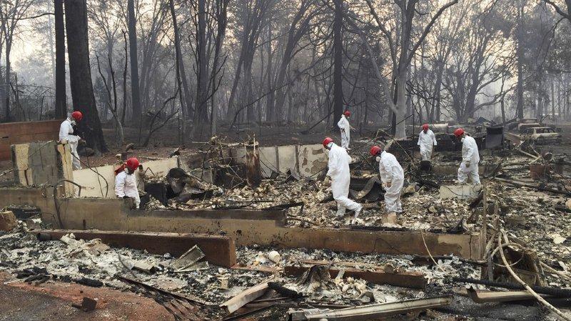 Le nombre de personnes portées disparues dans l'incendie a grimpé à plus de 1000, ont rapporté les autorités.