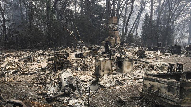 Etats-Unis: «Camp Fire», l'incendie le plus meurtrier de Californie, maîtrisé à 100%