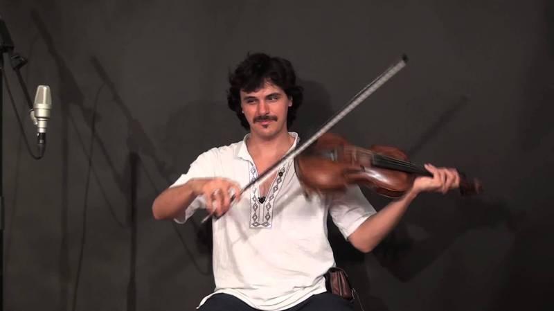 Tcha, l'incroyable violoniste d'origine tzigane