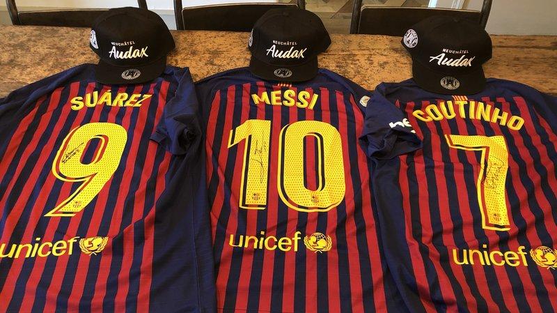 Les cadeaux offerts par l'ancien latéral gauche du Barça.