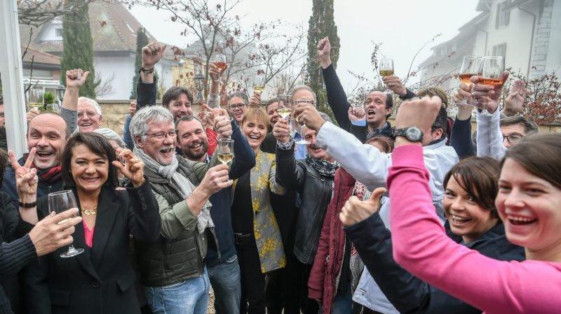 La joie des partisans de la fusion dimanche en début d'après-midi.