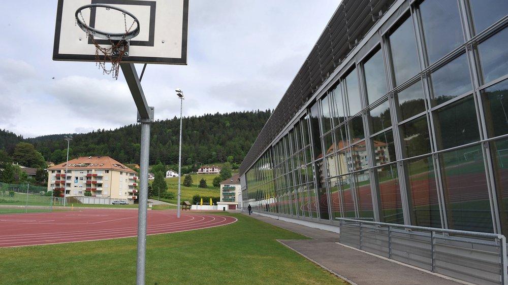 Le Centre sportif régional du Val-de-Travers pourrait bientôt changer de nom.
