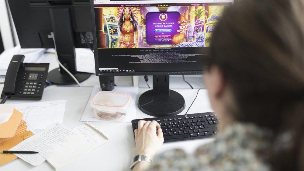 La fibre optique permet d'améliorer la rapidité de la connexion à Internet, ce qui peut peut s'avérer utile pour les jeux en ligne.