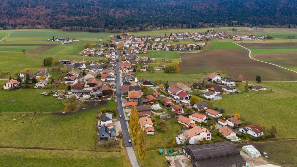 Des propriétaires de Savagnier et Chaumont craignent de voir leurs terrains passés de zone à bâtir en zone agricole.