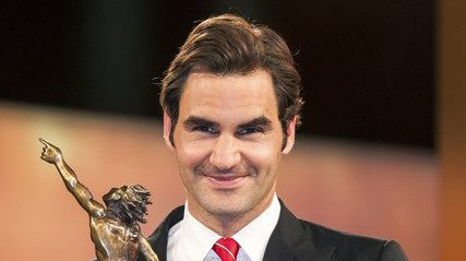 Roger Federer ajoutera-t-il  un trophée de sportif suisse  de l'année à son palmarès  dimanche soir?