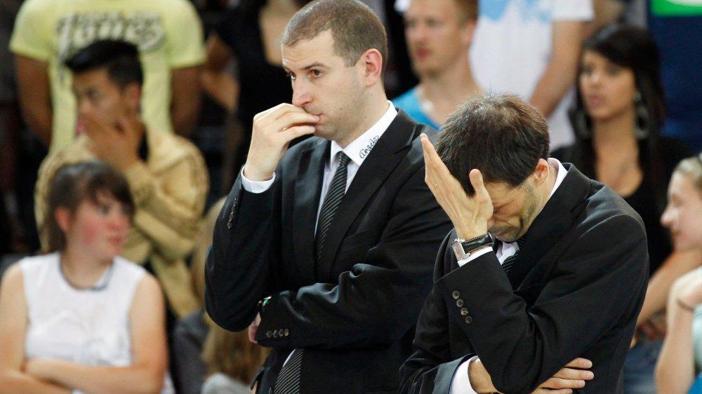Mehdy Mary (à gauche) a été assistant de Damien Leyrolles (à droite) à Fribourg Olympic.