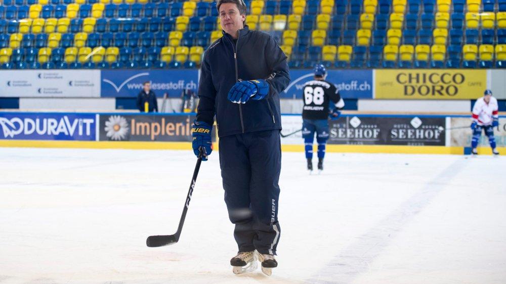 Le nouveau coach de Davos, Harijs Vitolinch, aura du travail plein les bras. Et pas seulement à la Coupe Spengler...