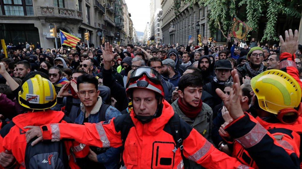 Ce Conseil des ministres espagnol tenu à Barcelone n'a pas plu aux indépendantistes catalans...
