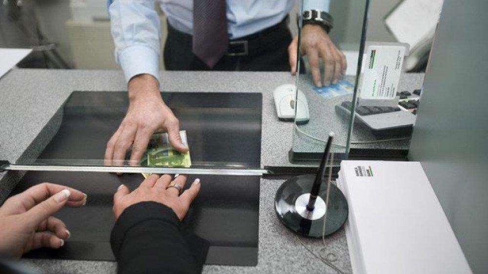 Le condamné avait employé une carte bancaire et divers documents volés dans une boîte aux lettres.