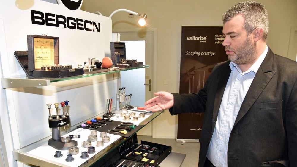 Johnny Veillard est directeur adjoint de Bergeon, l'une des sociétés organisatrices du Technical Watchmaker Show.
