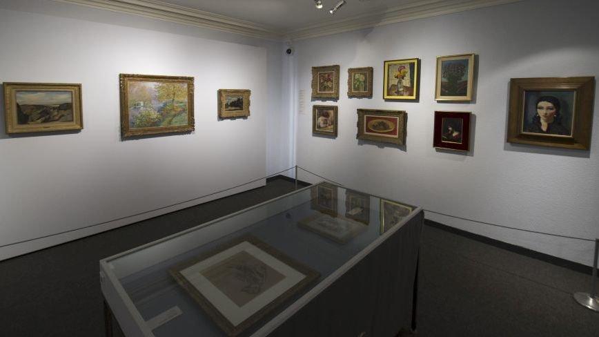 """Le legs Amez-Droz, avec la célèbre """"Barque-atelier"""" de Claude Monet, au Musée d'art et d'histoire de Neuchâtel."""