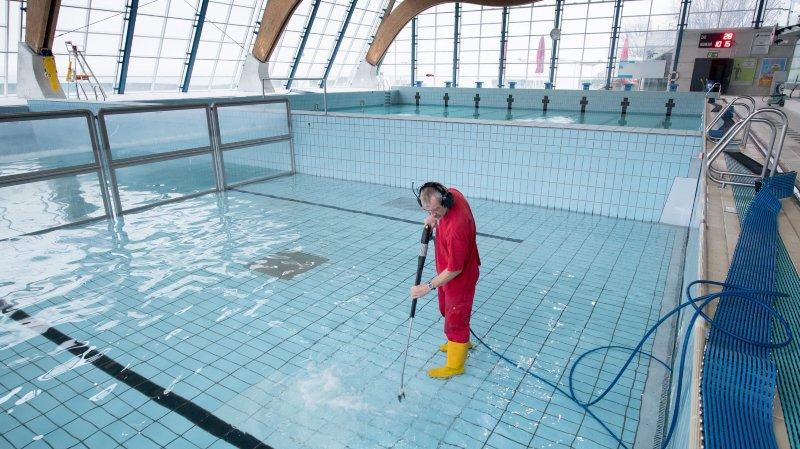 La vidange des piscines du Nid-du-Crô, à Neuchâtel, c'est pour la semaine prochaine