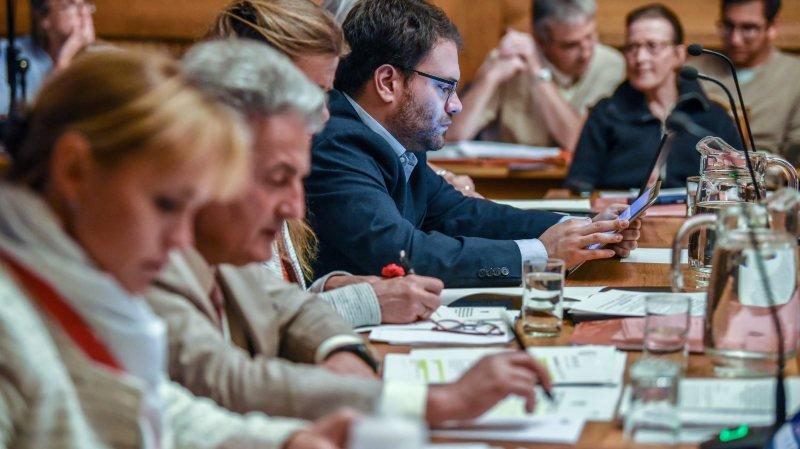 La Ville de Neuchâtel devra composer avec un budget raboté par le législatif