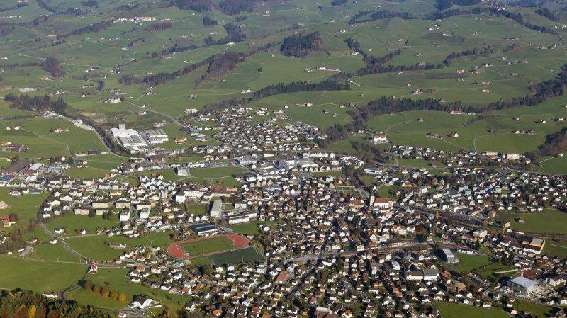 Votations fédérales: 54% des Suisses voteraient « oui » à l'initiative contre le mitage