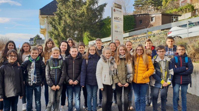 Une classe du collège des Coteaux à Peseux a participé à notre concours de contes de Noël