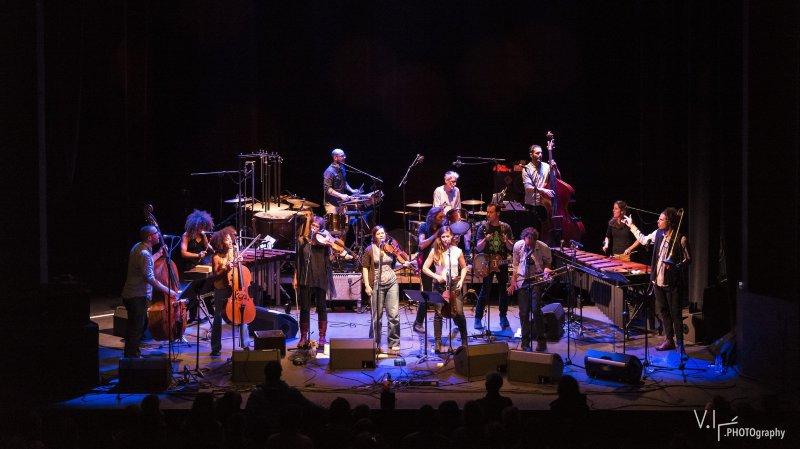 Neuchâtel: un Orchestre Tout Puissant de quatorze musiciens à la Case à chocs