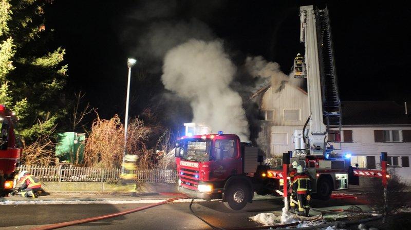 L'incendie s'est déclaré à 01h15 dans l'immeuble de la commune saint-galloise.