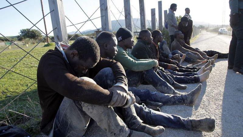 En Europe, les requérants d'asile se trouvent ainsi ballottés d'un pays à l'autre, sans prise en compte de leurs droits.