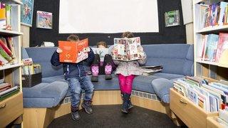 Val-de-Ruz: plus de 1600 signatures déposées pour sauver le Bibliobus
