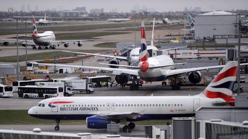Drone signalé: reprise des vols au départ de l'aéroport londonien d'Heathrow