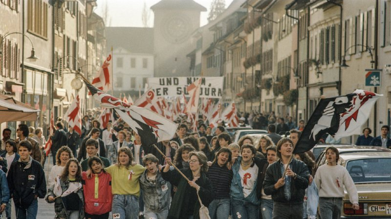 """Le peuple suisse a eu le dernier mot lorsqu'il a donné sa bénédiction en 1993 au transfert de canton avec environ 75% de """"oui""""."""