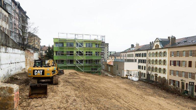 Le nouveau bâtiment de la coopérative du Vieux-Châtel, à Neuchâtel, est sorti de terre. Les locataires pourront emménager en avril.