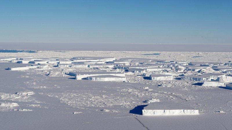 Réchauffement climatique: la glace de l'Antarctique fond six fois plus vite qu'il y a quarante ans