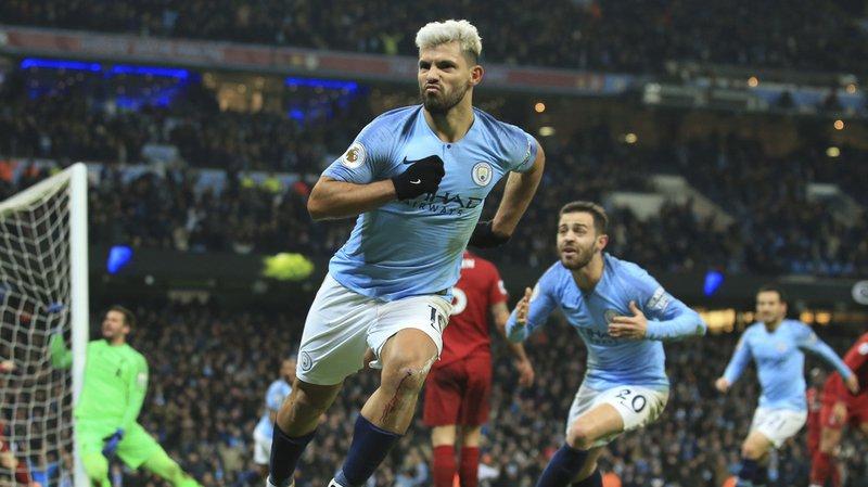 Kun Agüero a marqué 7 buts en 7 matchs à Manchester face à Liverpool.