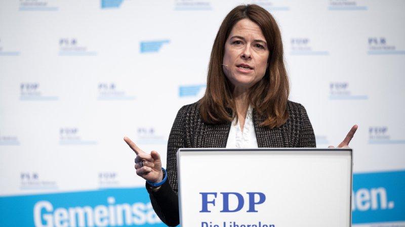 La présidente du PLR suisse, Petra Gössi estime que Pierre Maudet divise et nuit à la section genevoise.
