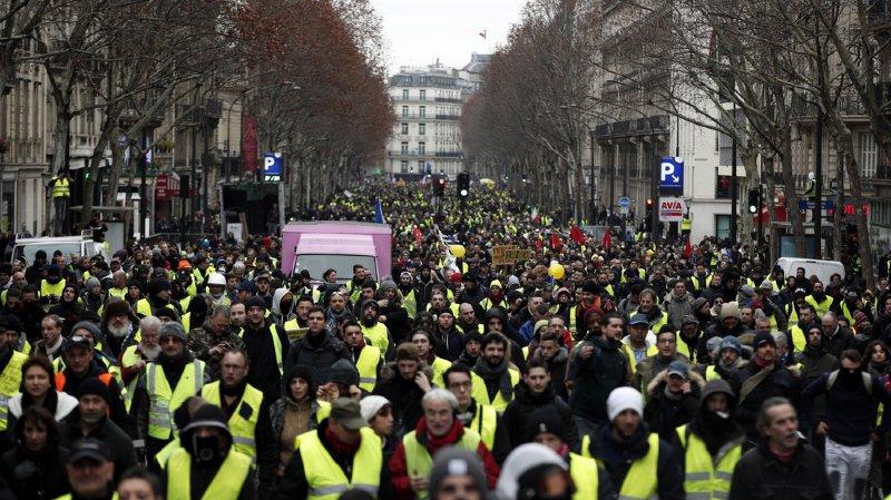 France: 84'000 ''gilets jaunes'' dans les rues pour le dixième acte
