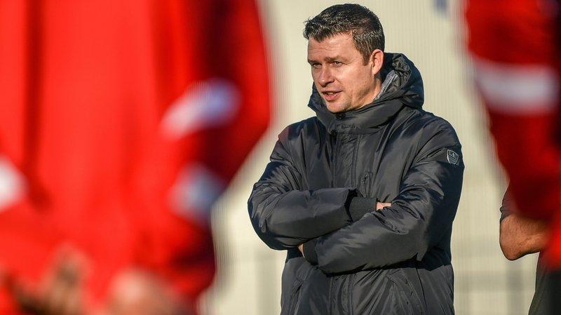Sébastien Fontbonne épaule désormais l'entraîneur Stéphane Henchoz.