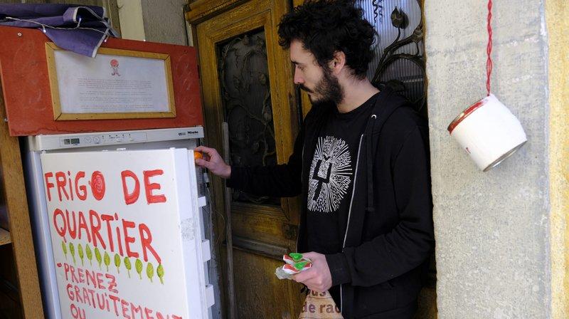 La Chaux-de-Fonds: un frigo de quartier contre le gaspillage qui inspire