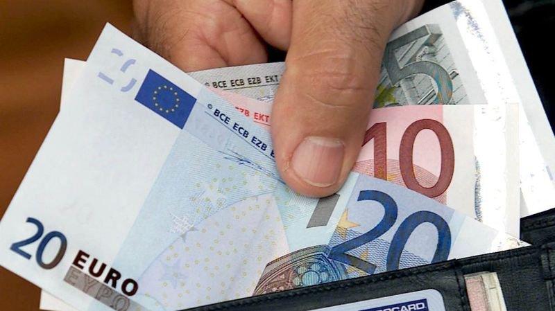 Qui a inventé le nom ''euro'' pour la monnaie unique?