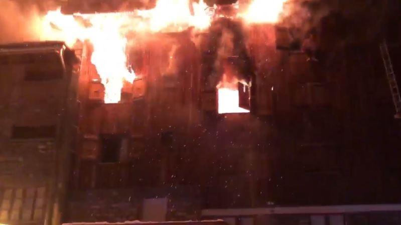 France: 2 morts et 25 blessés dans l'incendie d'un hôtel de la station de Courchevel