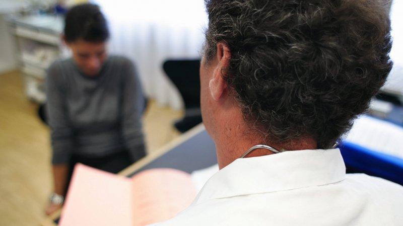 La Chaux-de-Fonds: elle finit par avorter après un malentendu avec un médecin