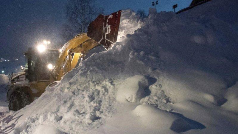 Il est tombé 3 mètres de neige à St-Anton, rendant impossible la tenue de compétition ce week-end.