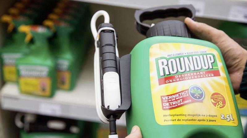 La députée neuchâteloise Céline Vara propose d'interdire les pesticides. Le Grand Conseil en débat le mercredi 23 janvier.
