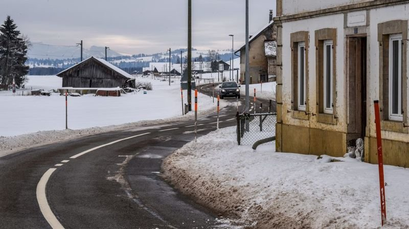 Sur la route de la vallée de La Sagne et des Ponts-de-Martel.