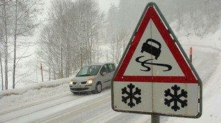 La neige cause son lot d'accidents dans le canton de Neuchâtel