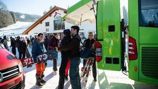 Le Snowbus a la cote auprès des fans de glisse de l'Arc jurassien