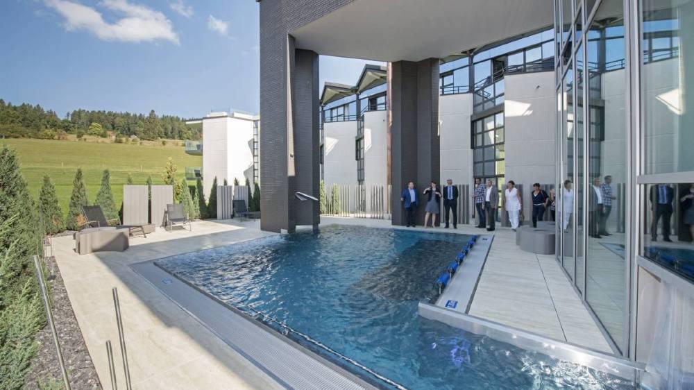 Le wellness et spa du Grand Hotel des Endroits, à La Chaux-de-Fonds, a bénéficié d'une aide cantonale. Certains élus estiment que le canton pourrait faire davantage pour le tourisme.